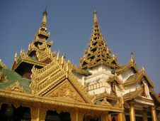Free Shwedagon Pagoda Stock Photos - 589373