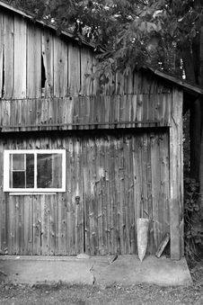 Free Weathered Barn Stock Photo - 5800300