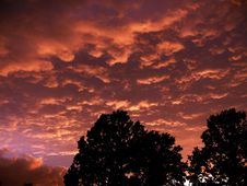 Free Clouds & Sunset Royalty Free Stock Photos - 5800438