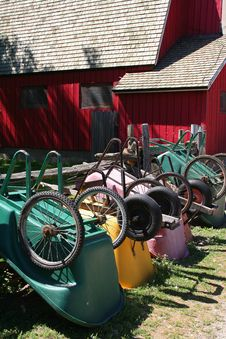 Free Wheelbarrows Royalty Free Stock Images - 5800799