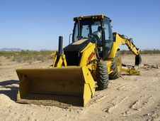 Free Steam Shovel Digging Into The Ground - Horizontal Stock Photo - 5800860