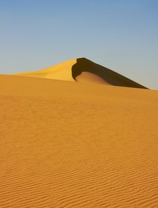 Free Desert Dune Royalty Free Stock Images - 5804329