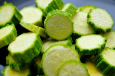 Free Sliced Zucchini 2 Royalty Free Stock Image - 5804936