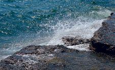 Free Stones And Sea Foam Royalty Free Stock Photo - 5805125