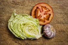 Tomato, Lettuce And Garlic Stock Images