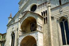 Free Old Church, Verona, Italy Royalty Free Stock Photography - 5807447
