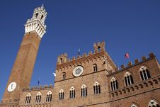 Free Palazzo Pubblico Royalty Free Stock Photos - 5807688