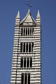Free Duomo Cathedral Bell Tower Royalty Free Stock Image - 5807786