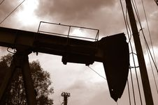 Free Oil-derrick Royalty Free Stock Images - 5809159