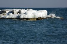 Free Ice Island Royalty Free Stock Image - 5809486