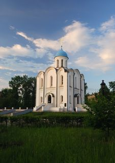 Free The Old Orthodox Church In Sunset Royalty Free Stock Images - 5810709
