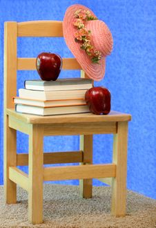 Free Vintage Child S Chair Stock Photo - 5811010