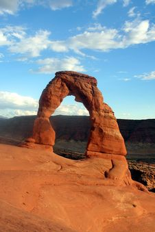Free Delicate Arch Royalty Free Stock Photo - 5811985
