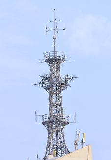 Free Communication Tower Royalty Free Stock Images - 5815019