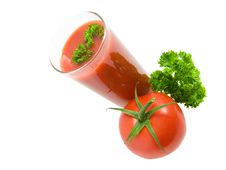 Free Tomato Juice, Tomatos And Parsley Leaves. Wholesom Royalty Free Stock Photo - 5818655