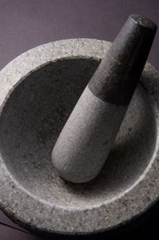 Free Mortar And Pestle Royalty Free Stock Images - 5821619