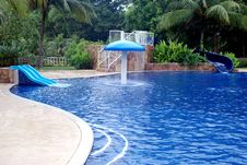 Free Swimming Pool Stock Images - 5821744