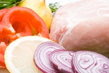 Free Fresh Meat With Vegetables Stock Photography - 5821942