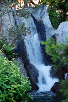 Free Waterfall Stock Images - 5824534