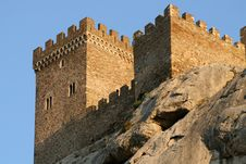 Free Ancient Fortress Royalty Free Stock Photos - 5825578