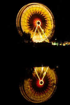 Free Ferris Wheel At Night Royalty Free Stock Photography - 5825647