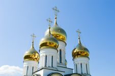Free Golden Church Domes Royalty Free Stock Photography - 5825707