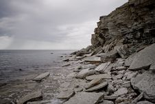 Free Cliffs On A Baltic Sea Shore Royalty Free Stock Photography - 5826487