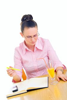 Free Young Businesswoman Working In Cafe Royalty Free Stock Photography - 5826717