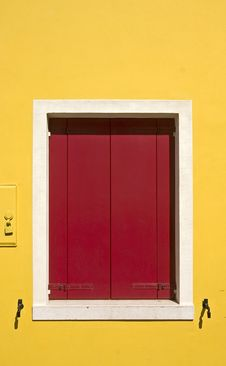 Free Red Window Shutters Royalty Free Stock Image - 5829846