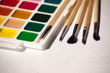 Free Watercolor Paints With Brushes Royalty Free Stock Image - 58293746