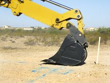 Free Steam Shovel Resting On The Ground - Horizontal Royalty Free Stock Photo - 5831435