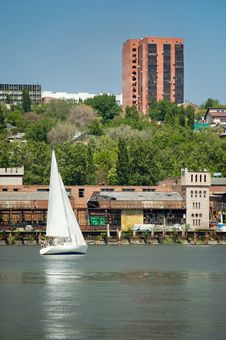 Free Yacht Floats On The River Stock Photo - 5832520