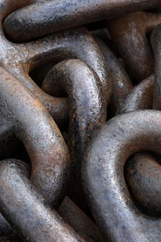 Free Anchor Chain Royalty Free Stock Image - 5833056