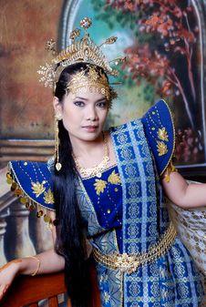 Free Asia Girl Royalty Free Stock Photo - 5833075
