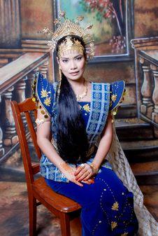 Free Asia Girl Royalty Free Stock Photo - 5833115
