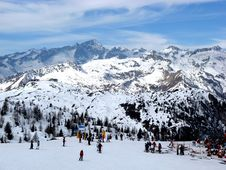 Free Madonna Di Campiglio Royalty Free Stock Image - 5833636
