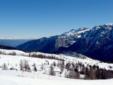 Free Madonna Di Campiglio Royalty Free Stock Photo - 5833815