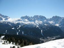 Free Madonna Di Campiglio Royalty Free Stock Image - 5833816