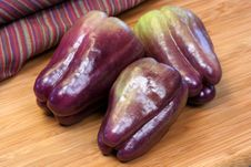 Free Purple Peppers Royalty Free Stock Photo - 5837875