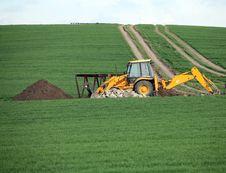 Free Excavator Royalty Free Stock Image - 5839096