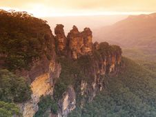 Free Three Sisters Rock Stock Images - 5840934