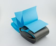 Free Sticky Note Dispenser Royalty Free Stock Images - 5842289