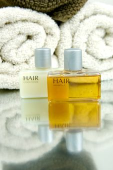 Free Hair And Body Products Royalty Free Stock Photo - 5842545