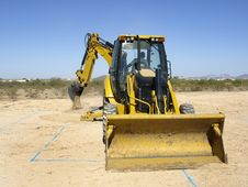 Free Giant Steam Shovel Digging Up Dirt - Horizontal Stock Images - 5842644