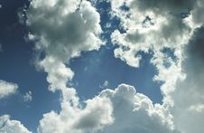 Free Cloudy Sky Royalty Free Stock Image - 5846016