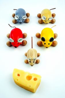 Five Mice With Cheese Royalty Free Stock Image