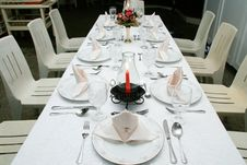 Free Dining Table Stock Photos - 5852613