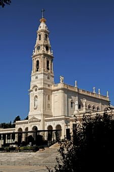Free Portugal, Fatima; View Of The Basilica Royalty Free Stock Image - 5853036