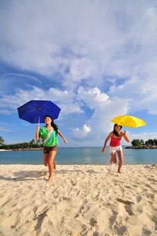 Free Fun At The Beach 37 Royalty Free Stock Photography - 5853457