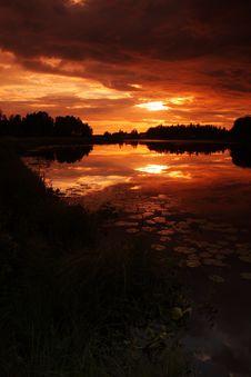 Free Lake At Sunset Stock Photography - 5855322